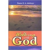 Walking with God [Paperback]